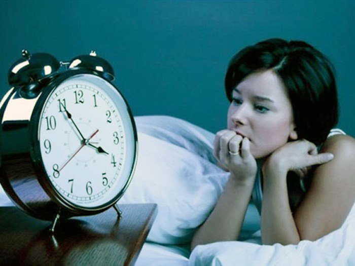 Mất ngủ là dấu hiệu của bệnh gì? | Vinmec