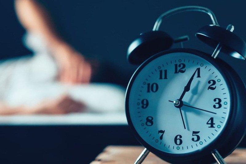 Nguyên nhân khiến người trẻ tuổi mất ngủ | Vinmec